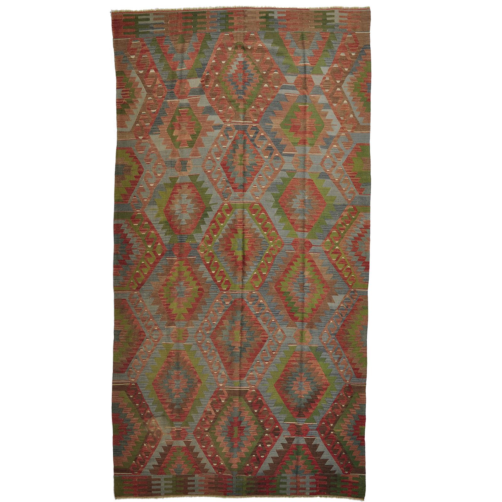 Kelim (old) matta storlek 338x175 cm
