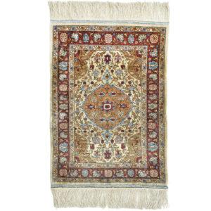 Hereke silke (Seml Antik) matta storlek 71x50 cm