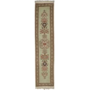 Täbriz 30 Raj matta storlek 326x72 cm