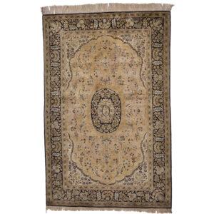 Ghom silke old matta storlek 225x148 cm