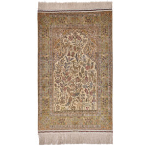 Hereke silke (Semi Antik) matta storlek 160x101 cm