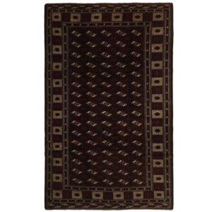 Turkmen matta storlek 392x248 cm